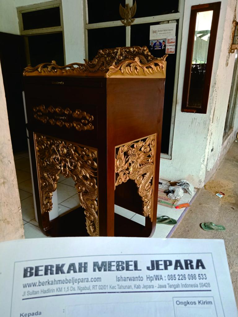 Meja Sembahyang Minimalis Murah