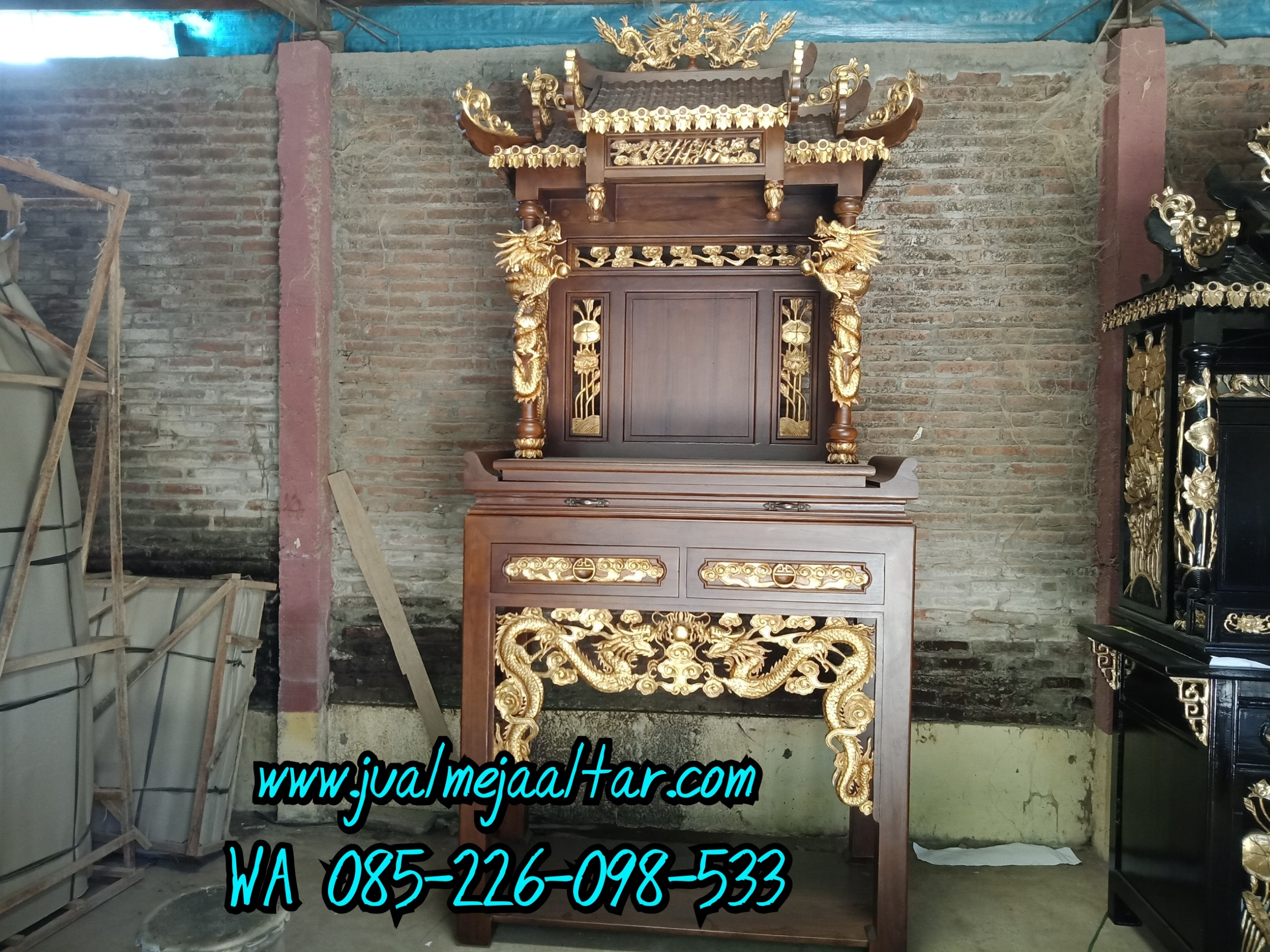 Meja Sembahyang