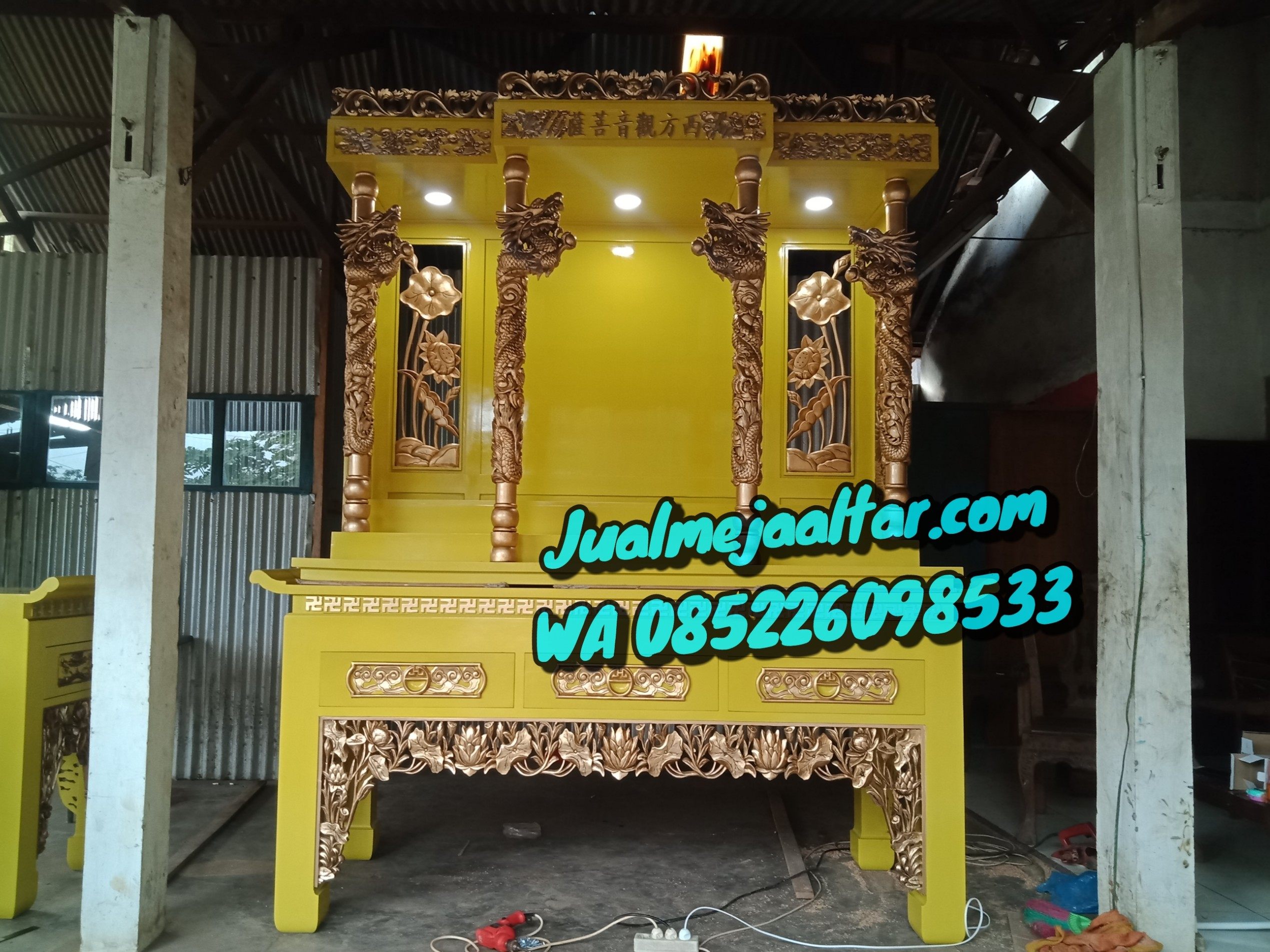 Meja Altar Sembahyang Dewa Terbaru